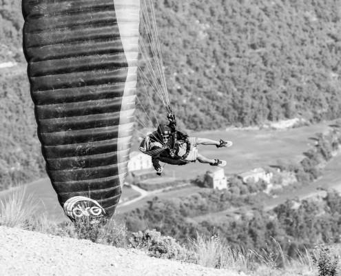 ©Laurent Merle photography aerobatic paragliding